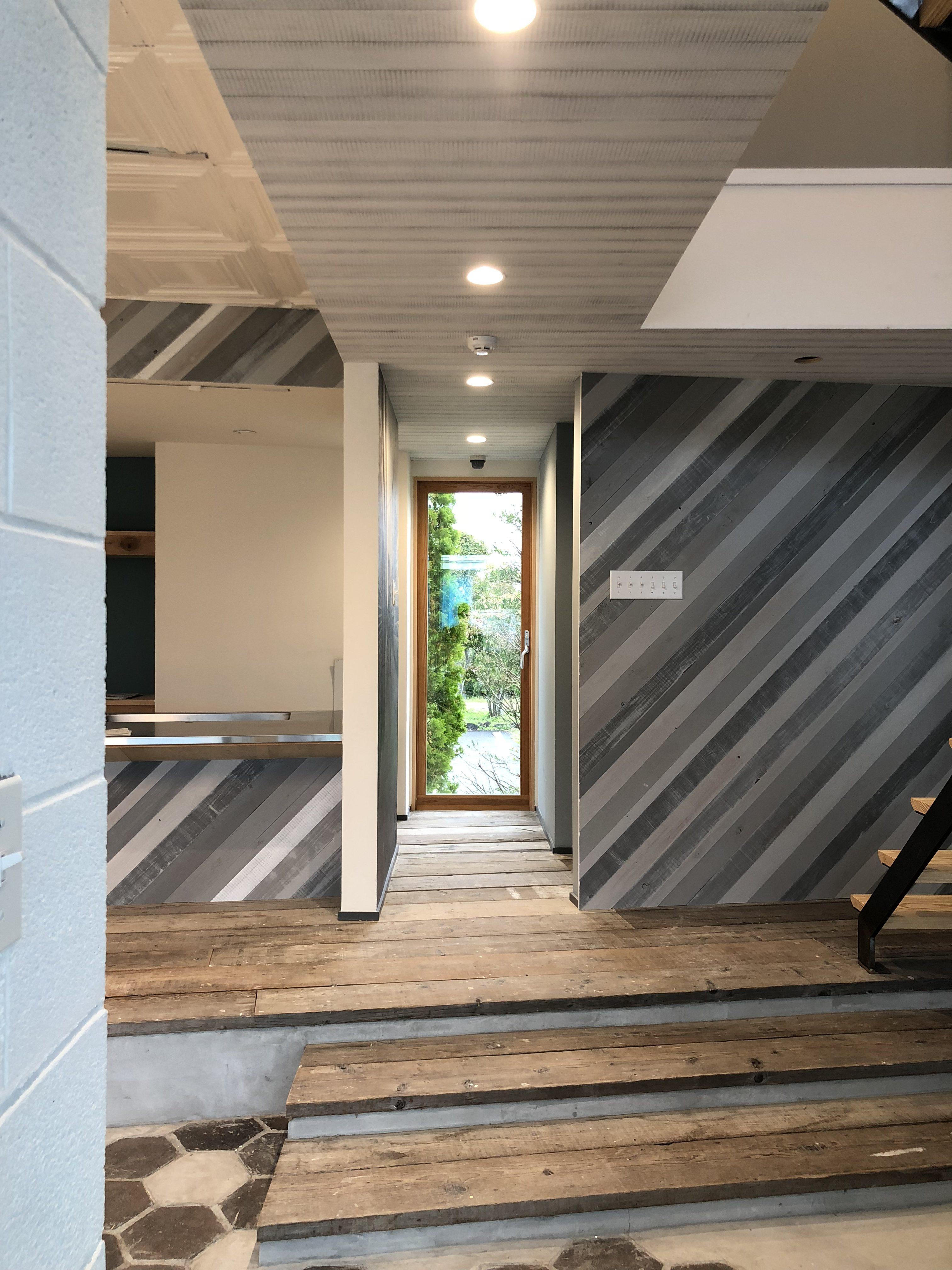 山梨の工務店、未来建築工房の新社屋studio HOUSEⅢⅨ完成目前。