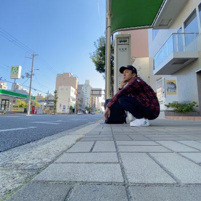 山梨県の工務店、未来建築工房とつくる注文住宅。 大阪視察でバス待ち