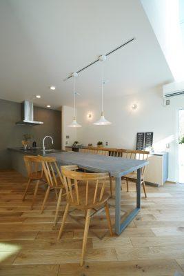 山梨県都留市のカフェスタイルの家、詳細ページ公開しました。